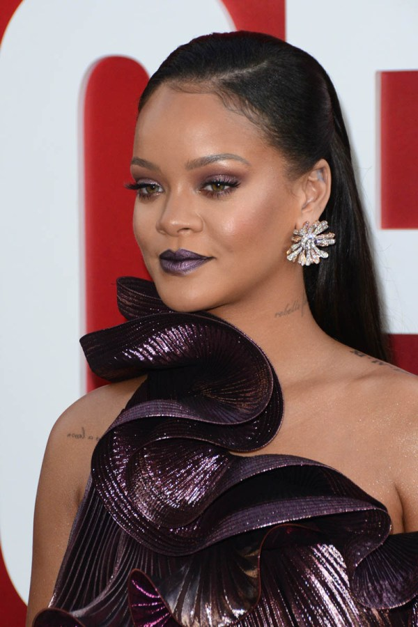 Rihanna Latest Pictures 2018
