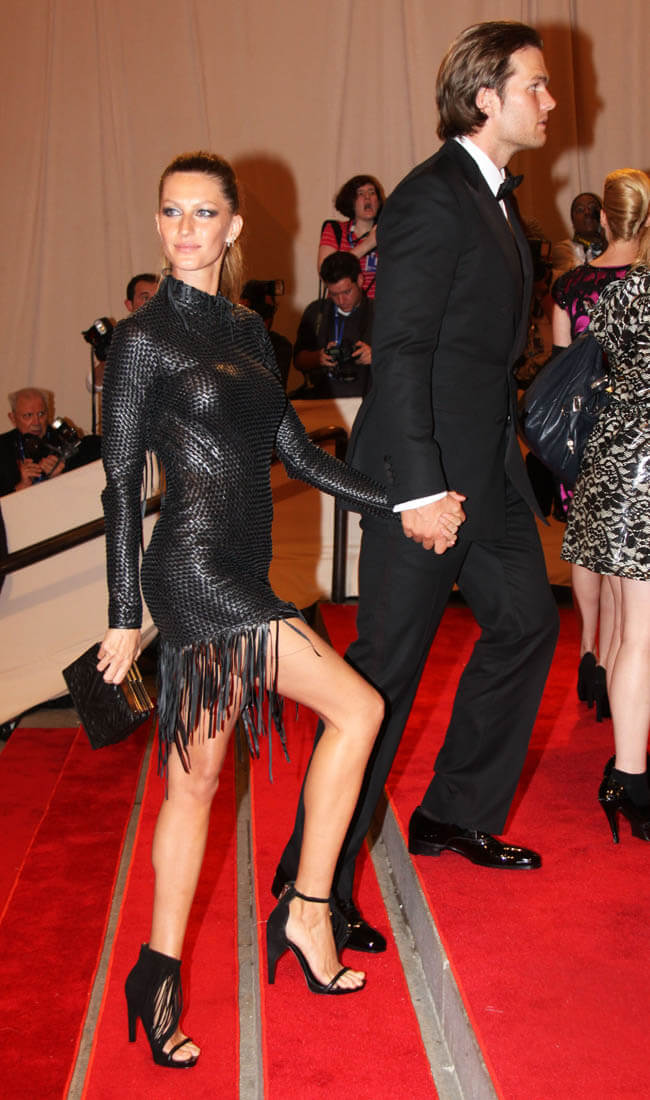 Tom Brady and Gisele Bundchen to cochair this years Met Gala