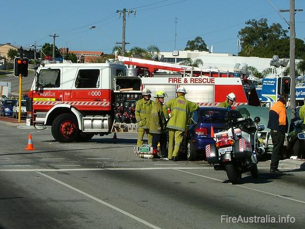 WA FRS KensingtonKensington's Heavy Pump at a multiple vehicle accident in Vic Park