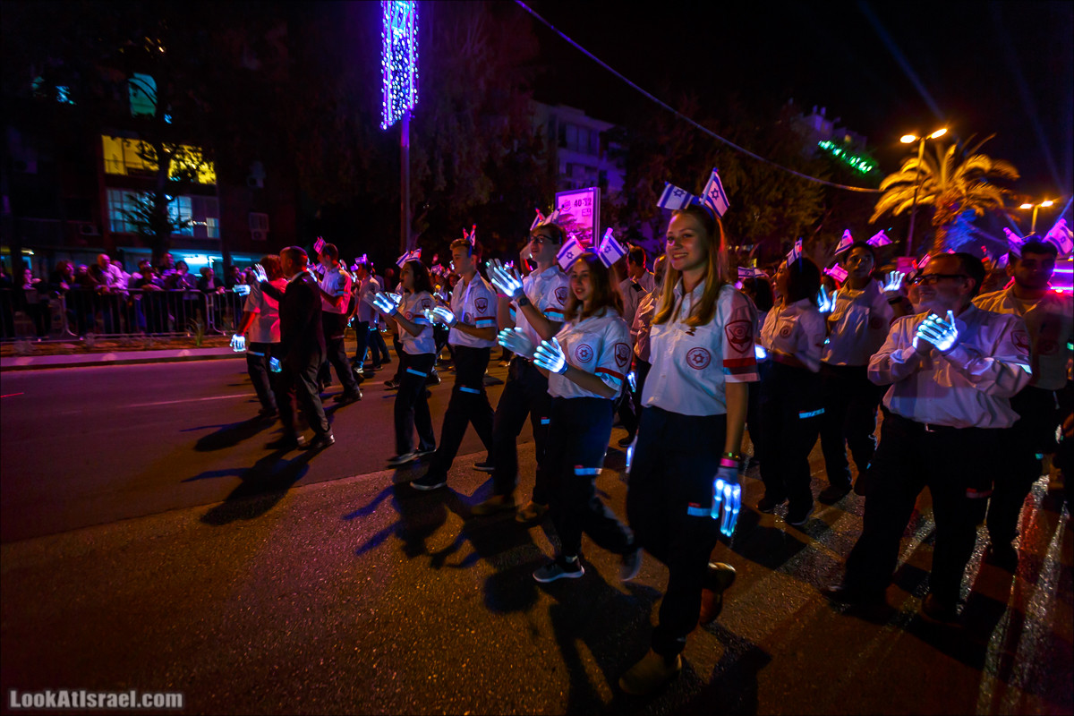 Парад света в Тель-Авиве в честь 70-летия государства Израиль | Parade of Lights in Tel Aviv, Independence day 70 of Israel | מצעד האור בתל אביב | LookAtIsrael.com - Фото путешествия по Израилю