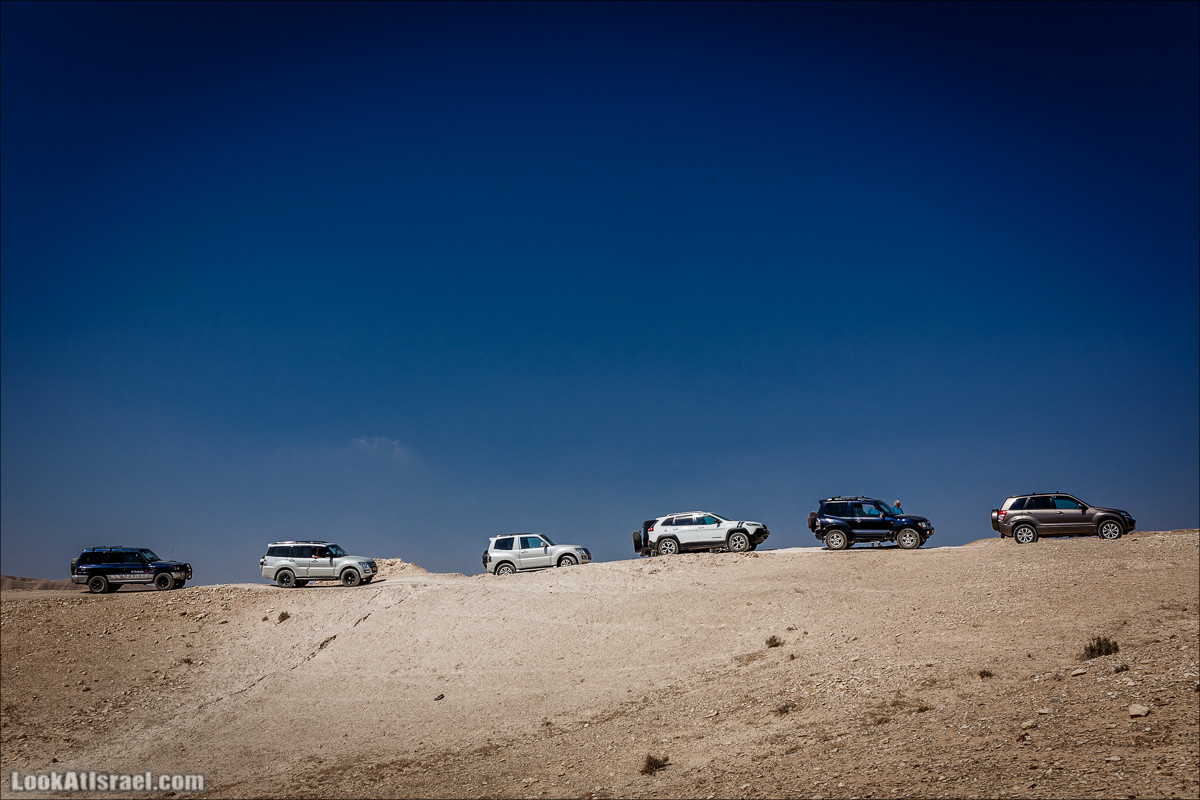 Штэээ... Гора Хермон в центре Иудейской пустыни?