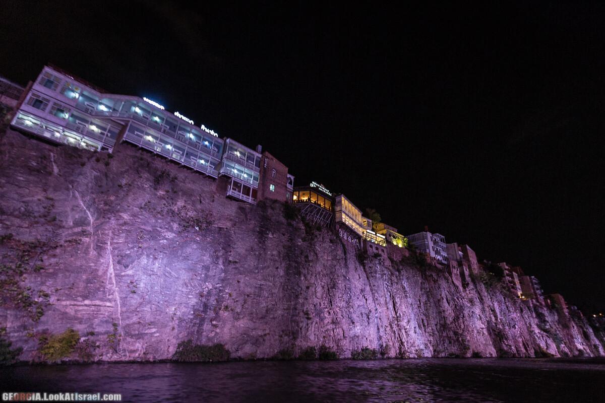 Ночной Тбилиси | LookAtIsrael.com - Фото путешествия по Израилю
