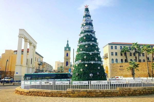 Рождественская ёлка в Яффо 2020 | Jaffa Christmass tree 2020 | LookAtIsrael.com - Фото путешествия по Израилю