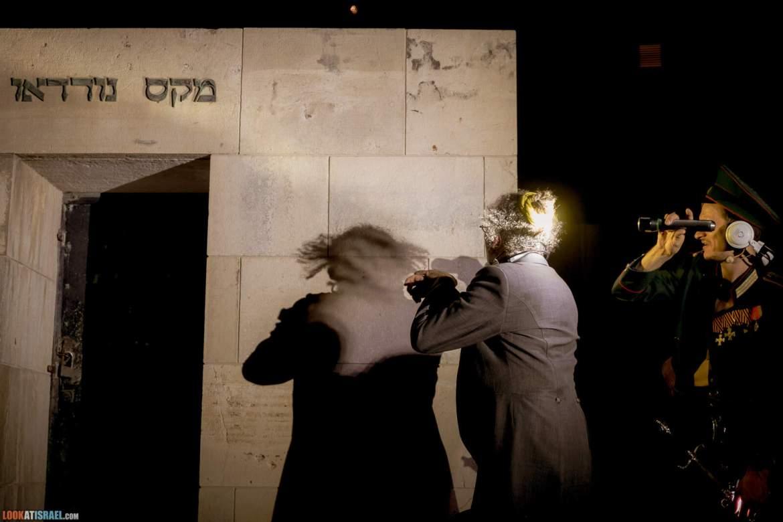 TLV STREET SHOW - иммерсивное уличной шоу   LookAtIsrael.com - Фото путешествия по Израилю