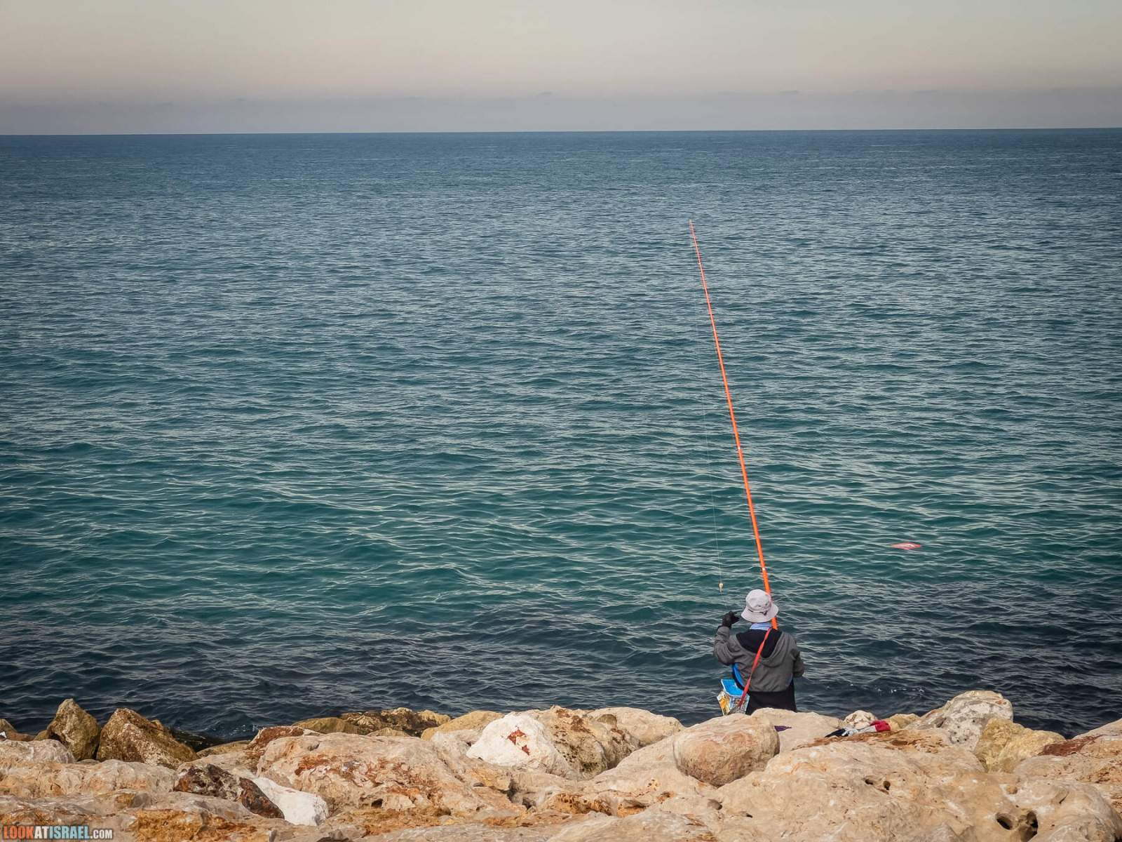 Тель-Авив-Яффо в октябре, порт, старый город, люди | LookAtIsrael.com - Фото путешествия по Израилю