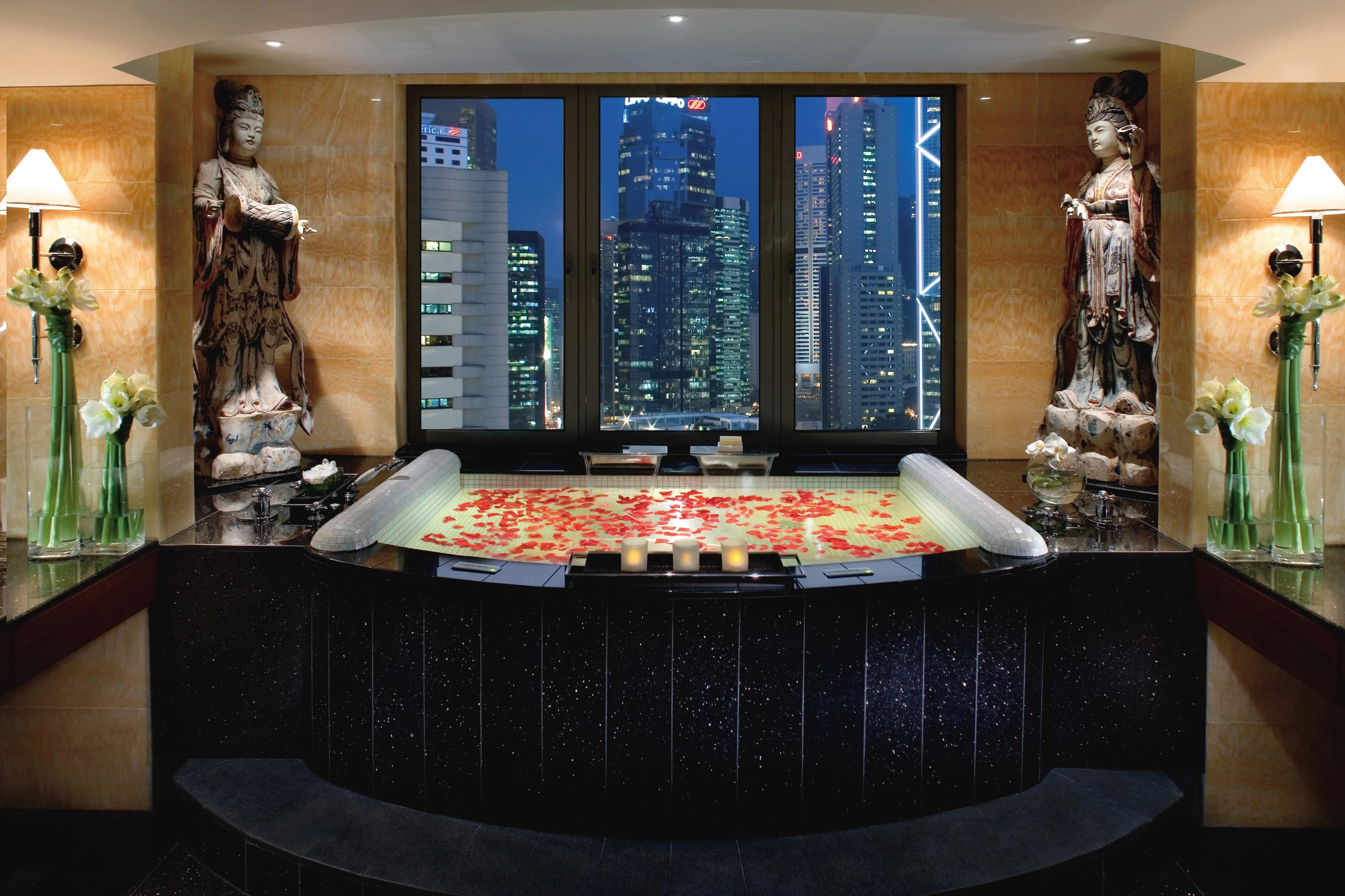 chinese living room cheap design luxury 5 star hotel | central mandarin oriental, hong kong