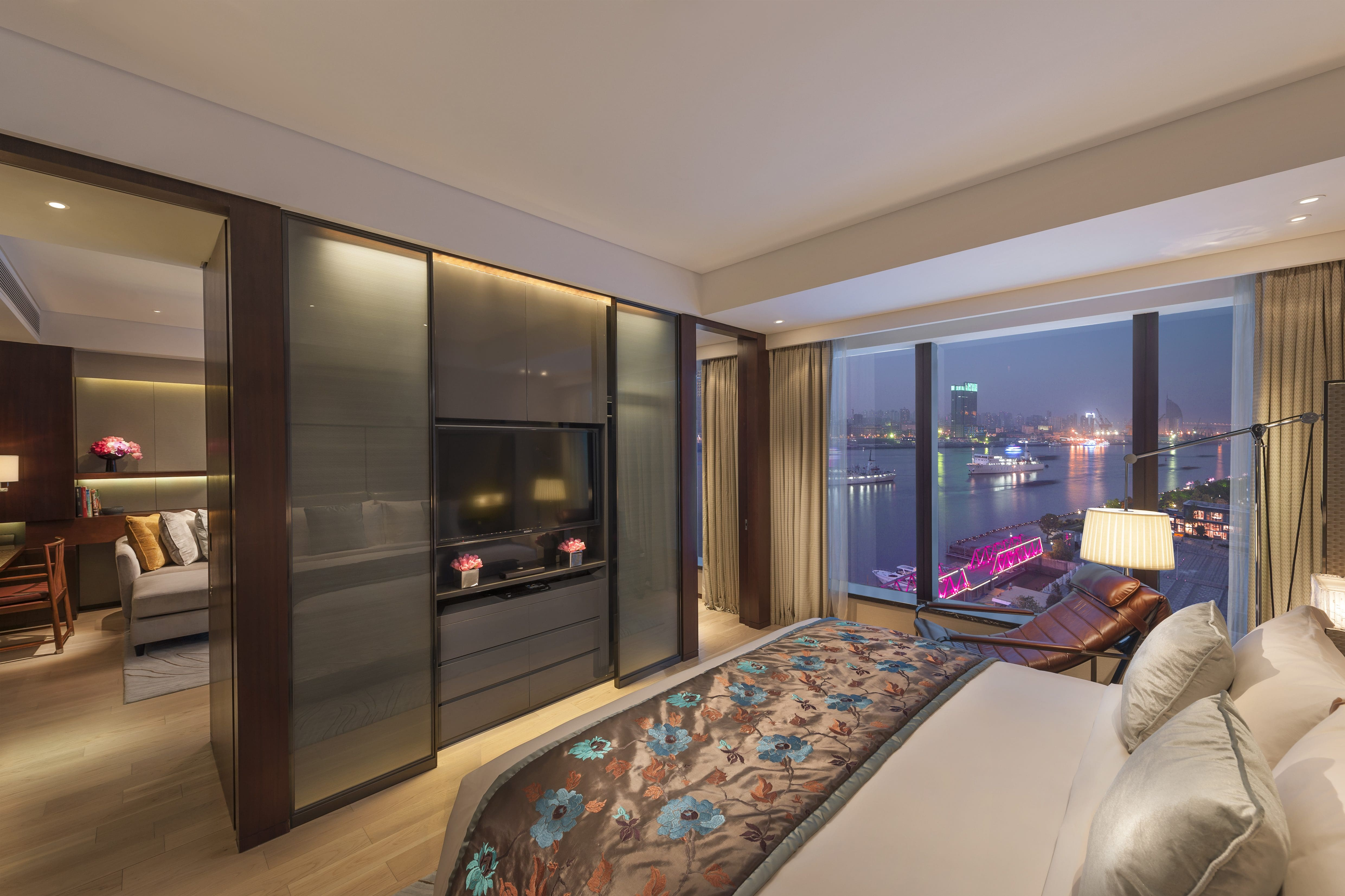 OneBedroom Apartment Luxury Apartments by Mandarin Oriental Shanghai