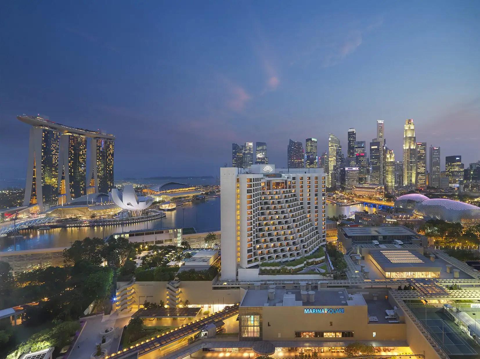 Luxury 5 Star Hotel Marina Bay Mandarin Oriental Singapore