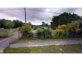 Property for sale at 3770 SW 76th Ave, Davie,  Florida 33328
