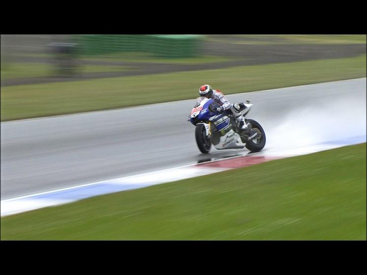 Jorge-Lorenzo-Yamaha-Factory-Racing-Assen-FP2-553137
