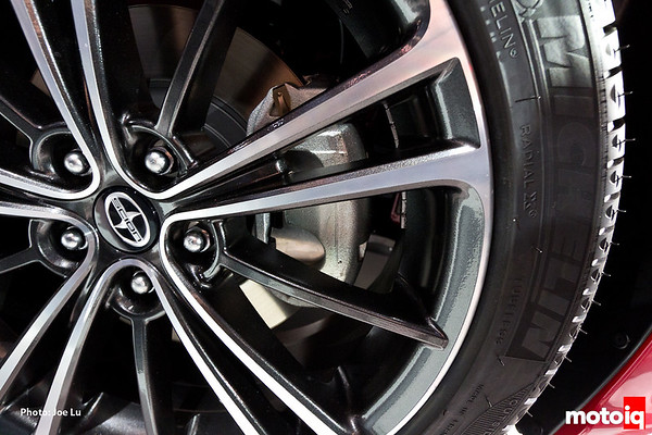 toyota 86 wheel and tire scion fr-s