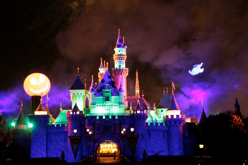 Headless Horseman debuts, Fantasy in the Sky returns, Ghost Galaxy confirmed and more this Halloween Time