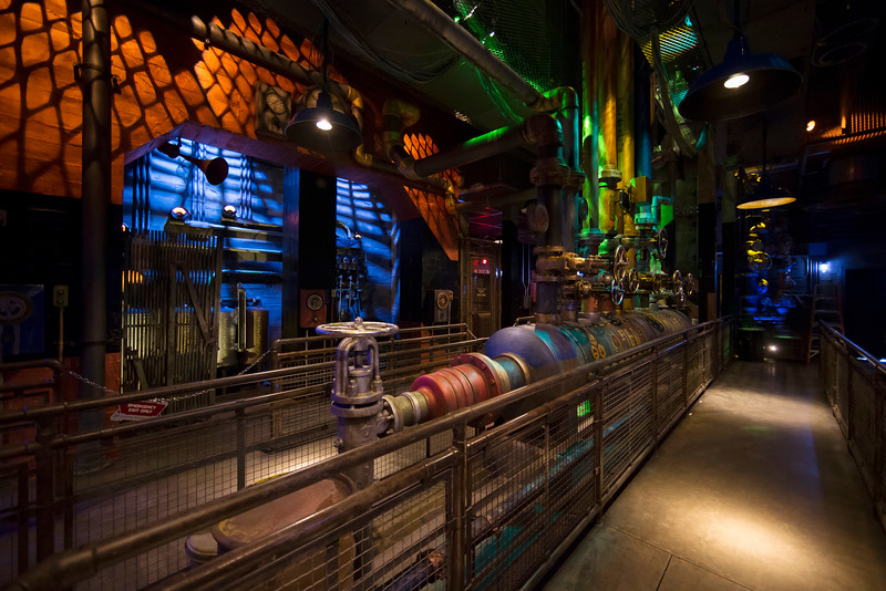 First Look At New Rocket Raccoon Animatronic Plus More Stills And Fun Facts For Guardians Of The Galaxy Mission Breakout Mouseinfo Com