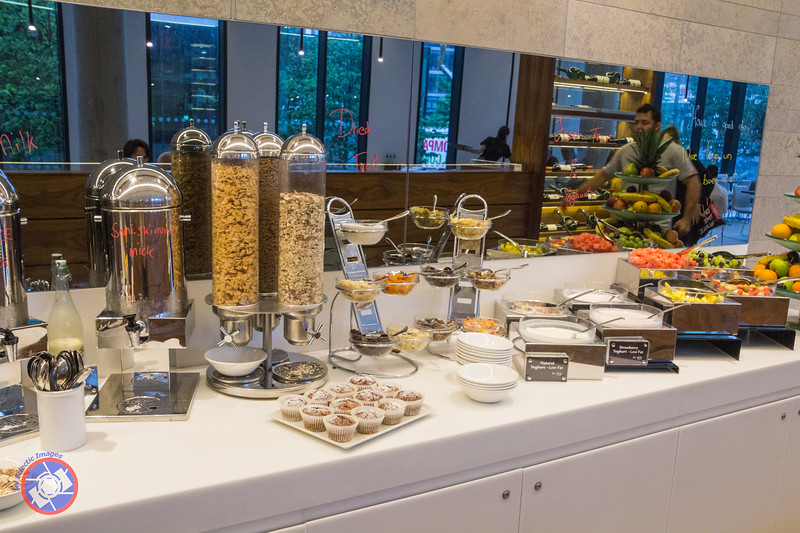 Breakfast Bar at Innside Manchester (©simon@myeclecticimages.com)