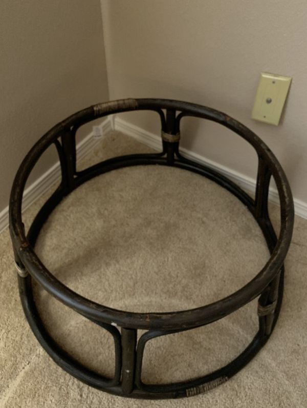 White and Black Papasan Chair for Sale in Seattle WA
