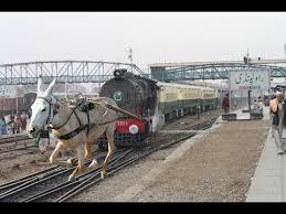 https://i0.wp.com/photos.pouryourheart.com/wp-content/uploads/2018/12/Indian-Railways-63.jpg?w=640