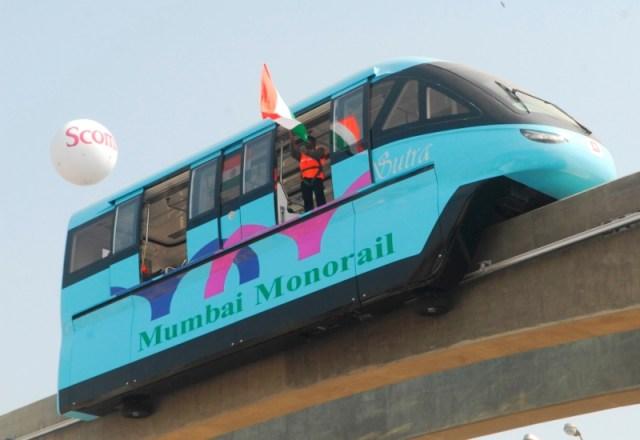 https://i0.wp.com/photos.pouryourheart.com/wp-content/uploads/2018/12/Mumbai-Mono-rail.jpg?w=640