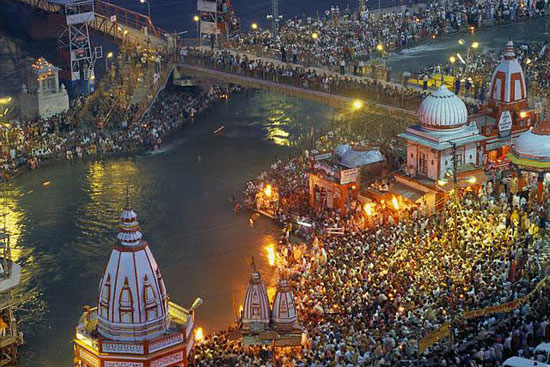 https://i0.wp.com/photos.pouryourheart.com/wp-content/uploads/2018/12/Top-10-Popular-Hindu-religious-Places-in-India.jpg?w=640