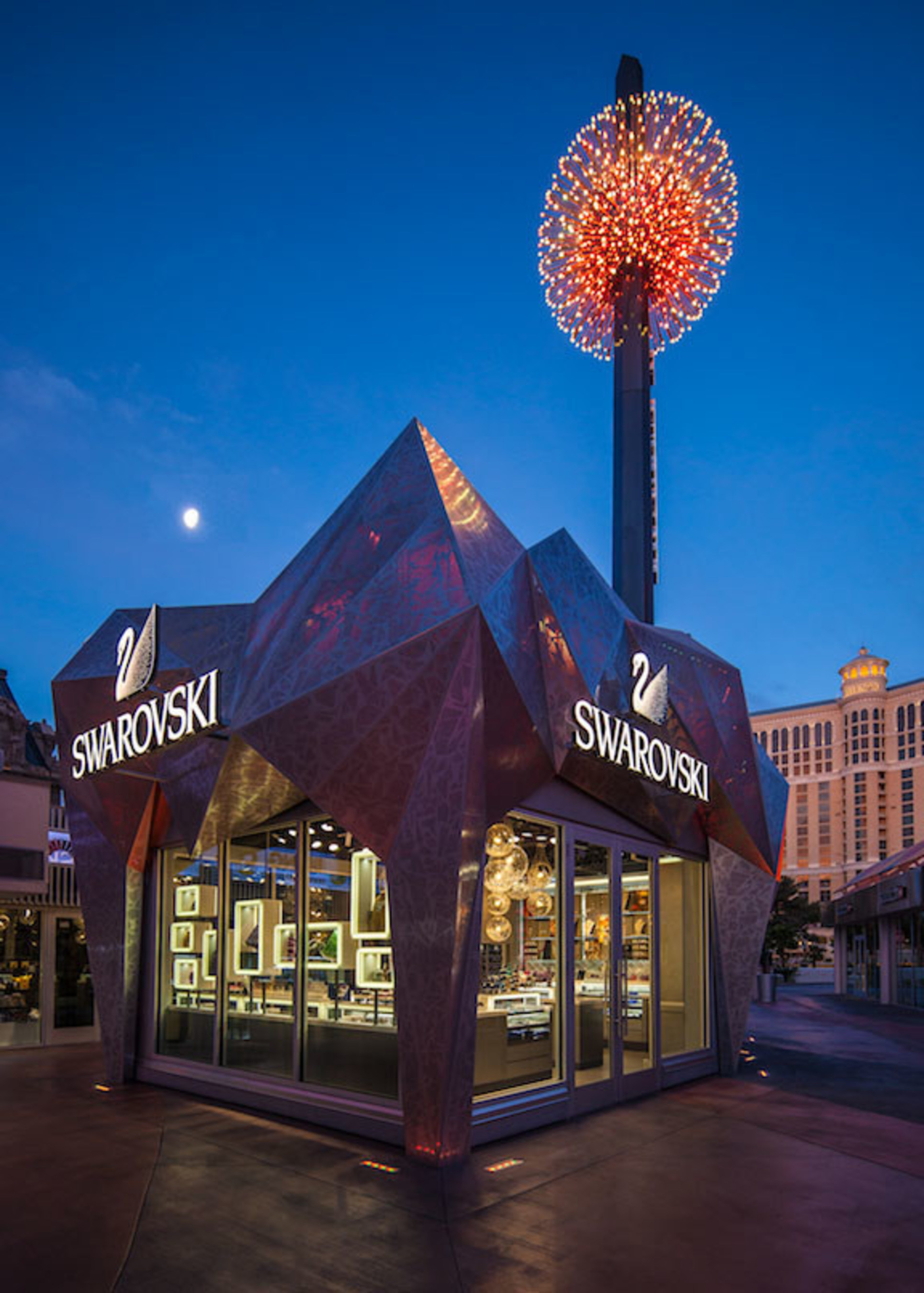 https www prnewswire com news releases yesco lights up las vegas at the swarovski las vegas grand bazaar shops 300091735 html