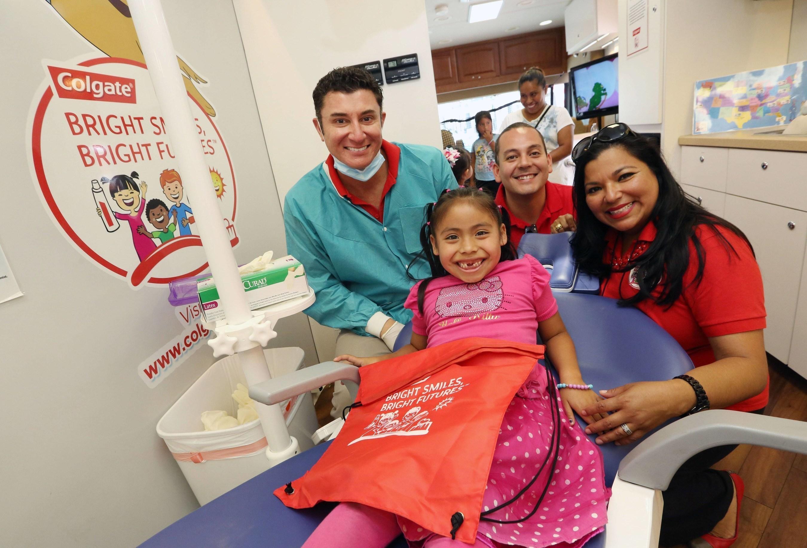 Hispanic Dental Association Awards Colgate-palmolive