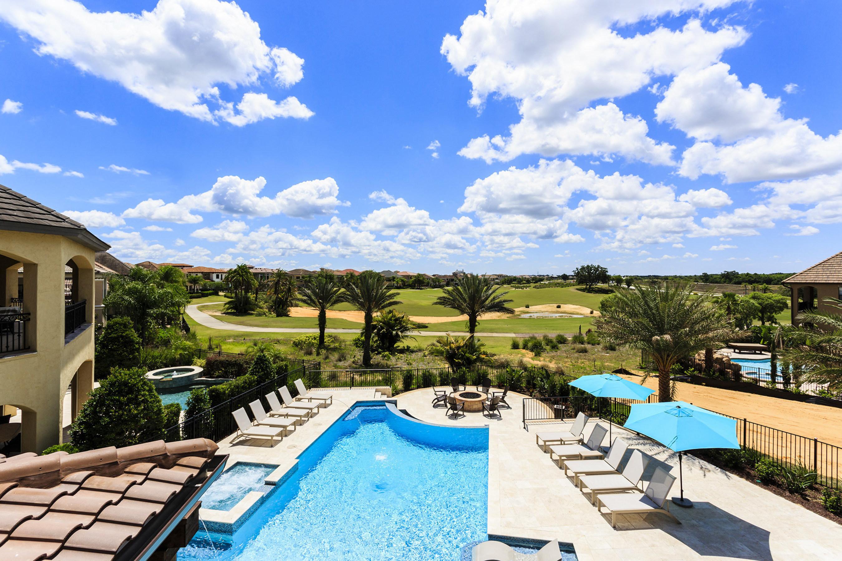 luxury retreats global leader