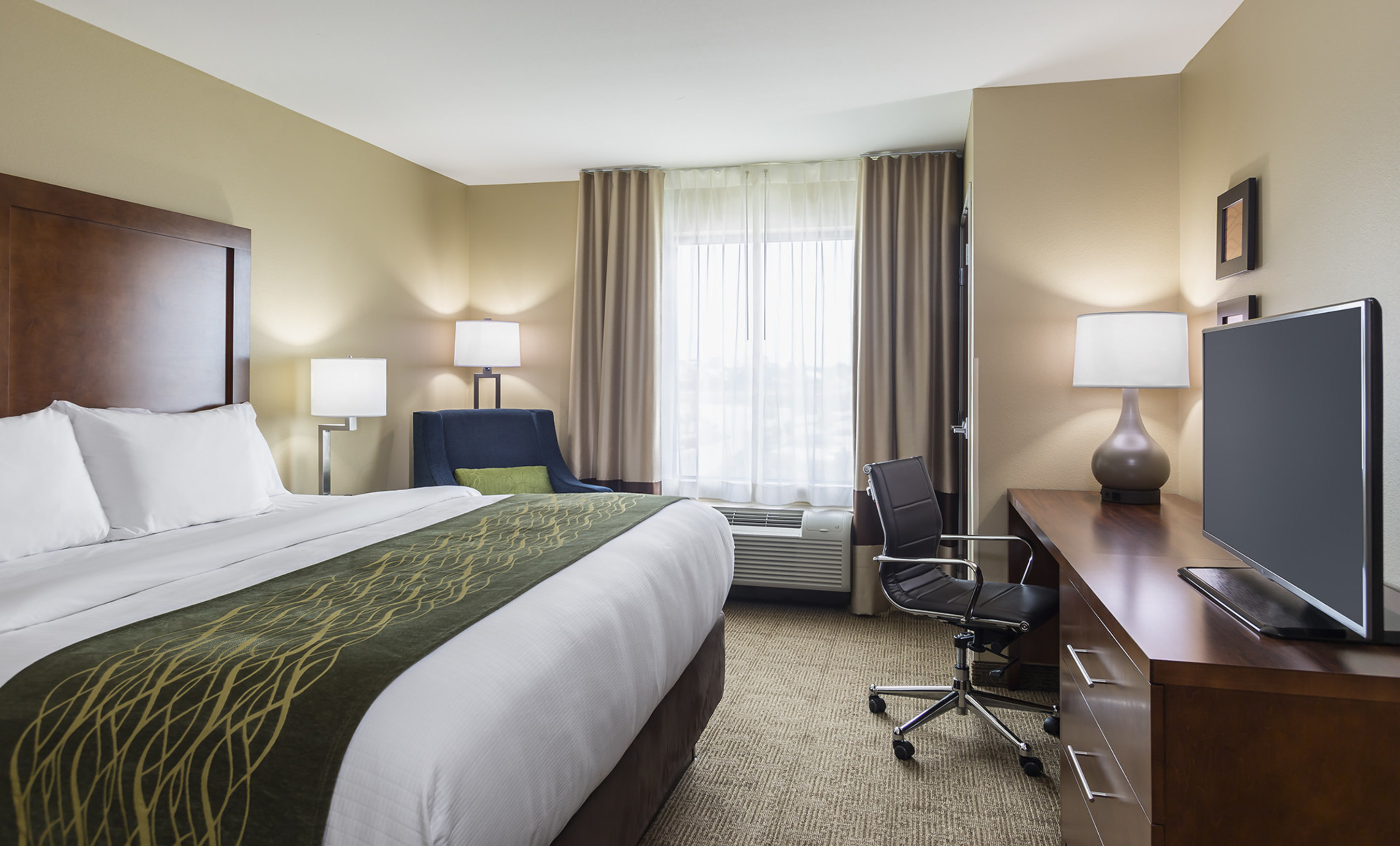 Choice Hotels Comfort Inn Guest Rooms