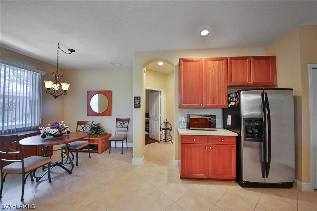 kitchen cabinets ft myers fl farmhouse style table 10619 camarelle cir, fort myers, 33913