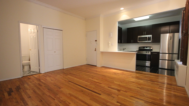 2 Bedrooms Upper West Side Al In Nyc For 4 000 Photo 1
