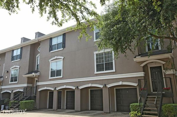 3968 Tri Level Townhome with Attached Garage, Houston
