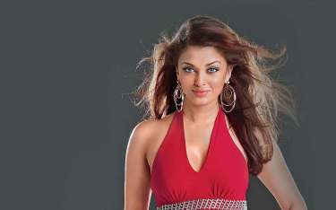 Bollywood actress Aishwarya Rai sexy Pictures