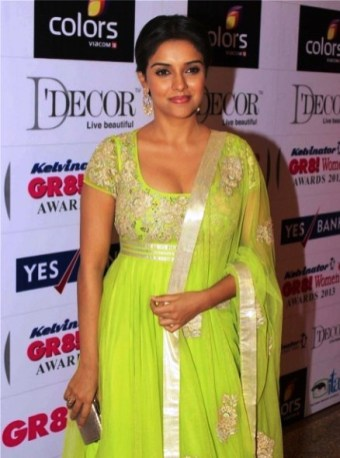 Indian actress Asin Wallpapers and Pics