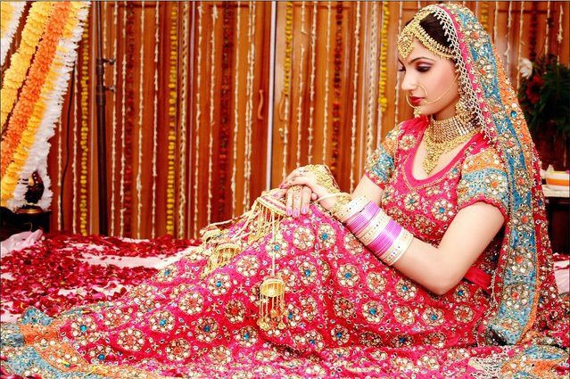 Bollywood Star Japji Bridal Photos Wallpapers
