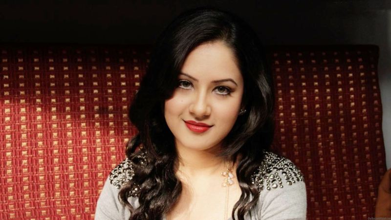 Pooja Bose Twitter Acount