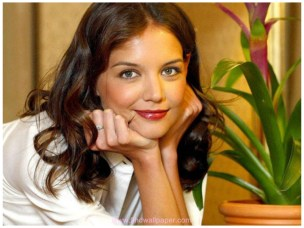 Katie Holmes Face beauty facts