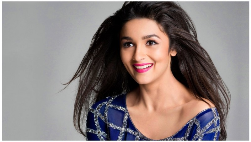 Alia Bhatt HD Wallpapers Cleavage