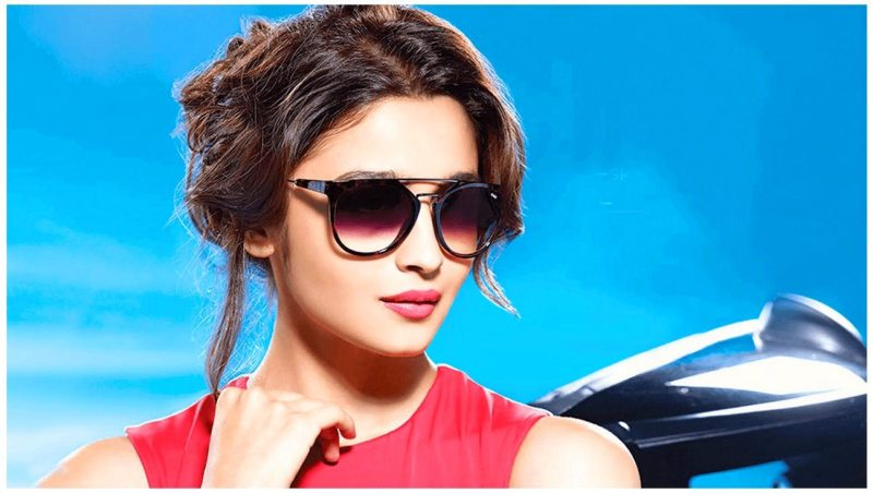 Cute girls photos of Alia Bhatt