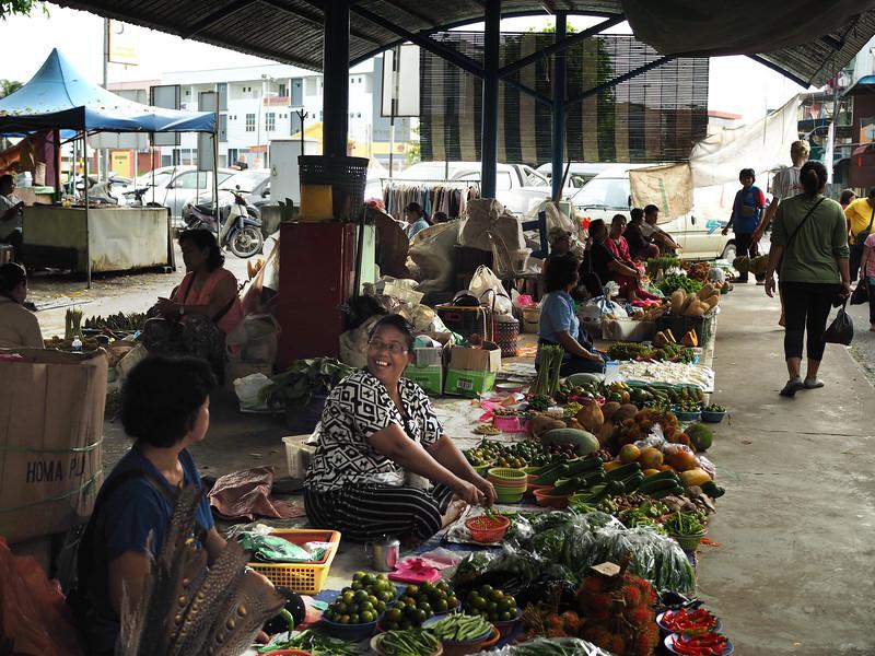 kanowit weekend market