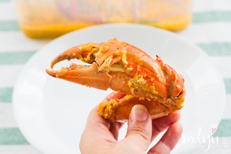 8 Crabs-1.jpg