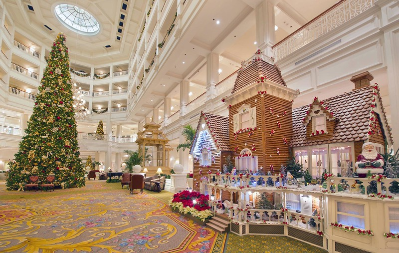 Gingerbread-Display-at-Disney-Grand-Floridian-Resort (2)