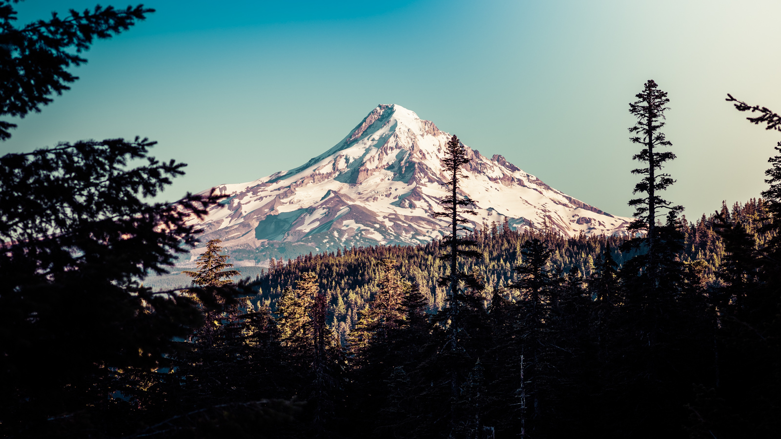 Mt Hood from the top of Wahtum Lake