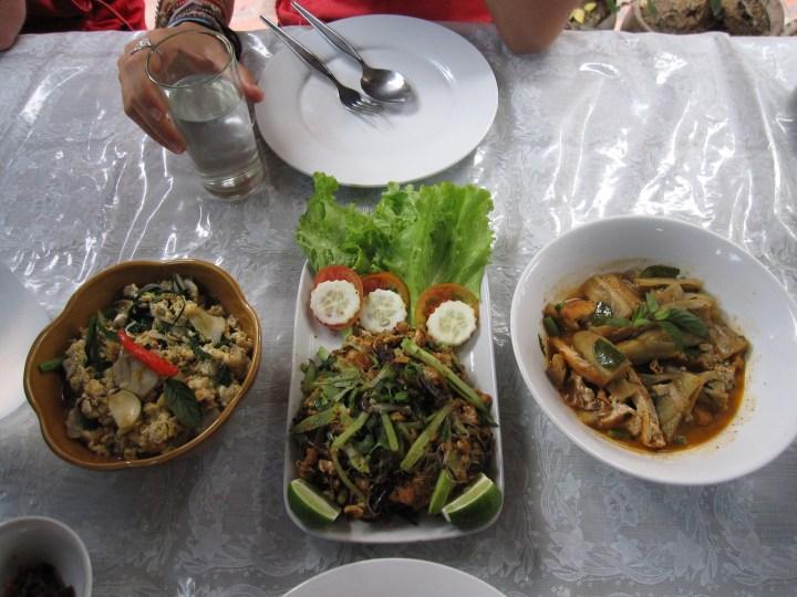 vegetarian laotian food
