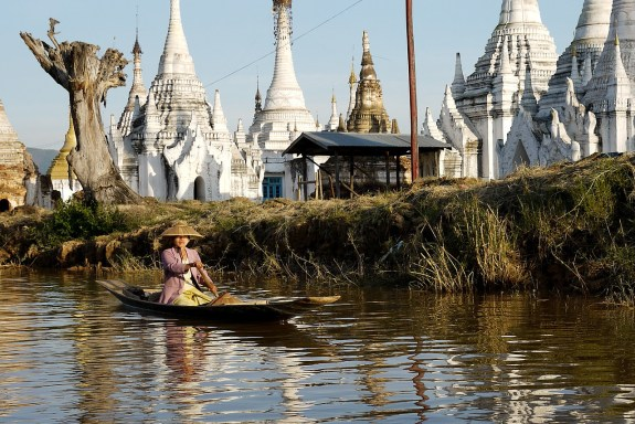 locally run tour in myanmar