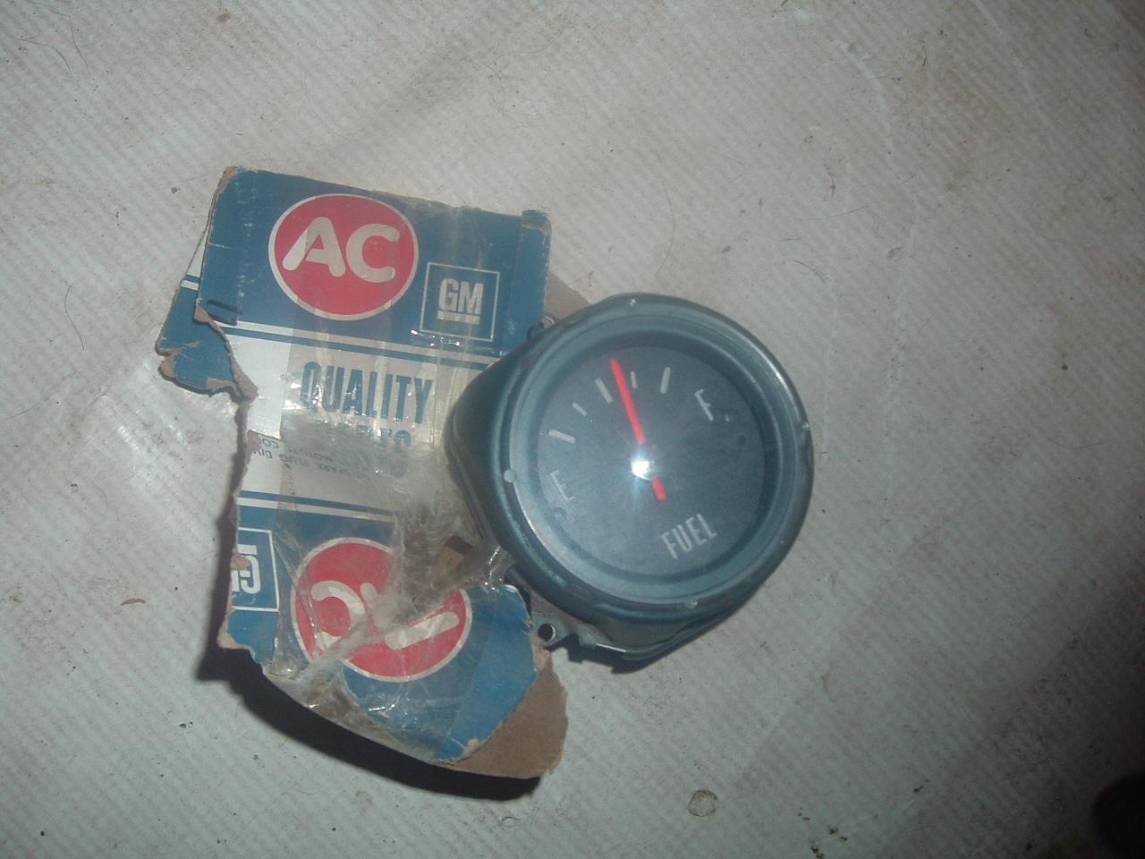 hight resolution of 1965 1966 pontiac grand prix gas gauge nos gm 5630156