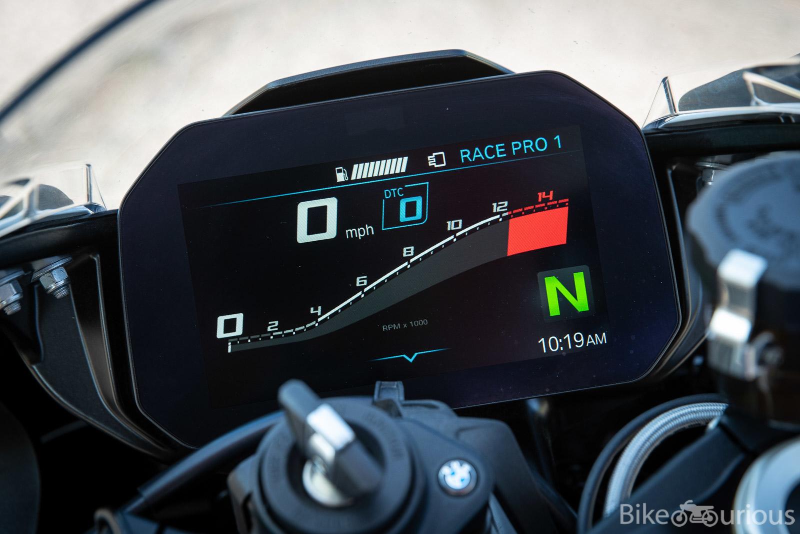 A Closer Look – 2020 BMW S1000RR – Bike-urious