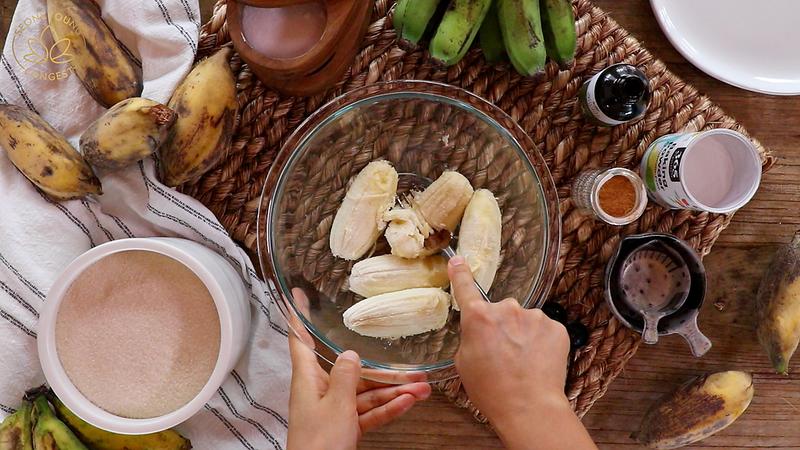 Fluffiest Banana Pancakes Vegan, smashing bananas