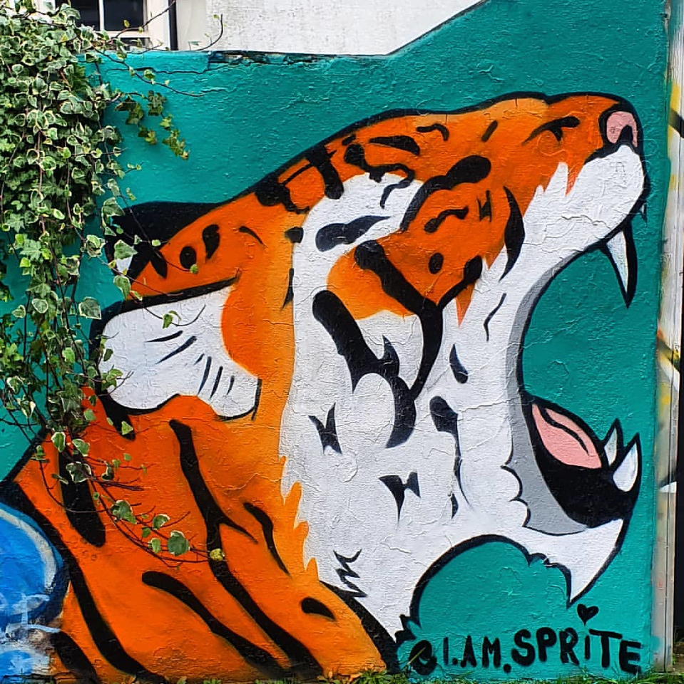 Tiger mural - Street Artist Sprite's Inspiring Mental Health Message - StreetArtChat.com