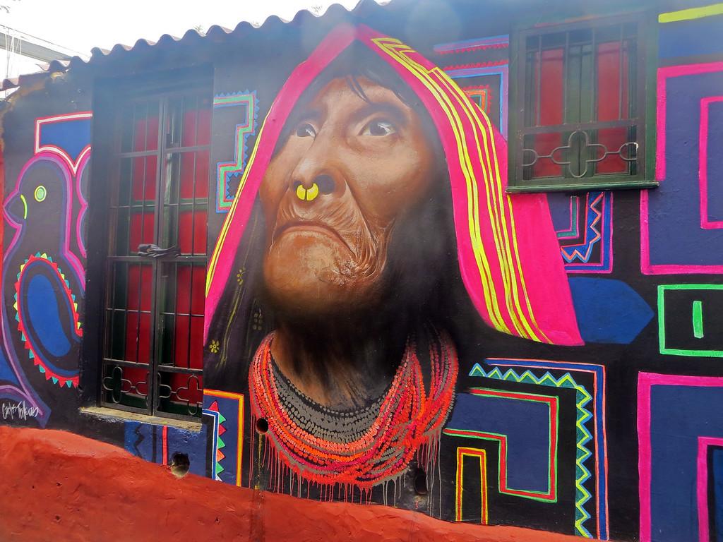 Best street art by the artist Carlos Trilleras