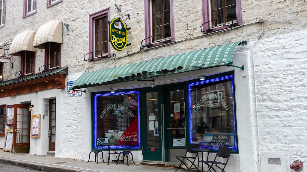 Épicerie Richard on rue des Jardins in Old Quebec City