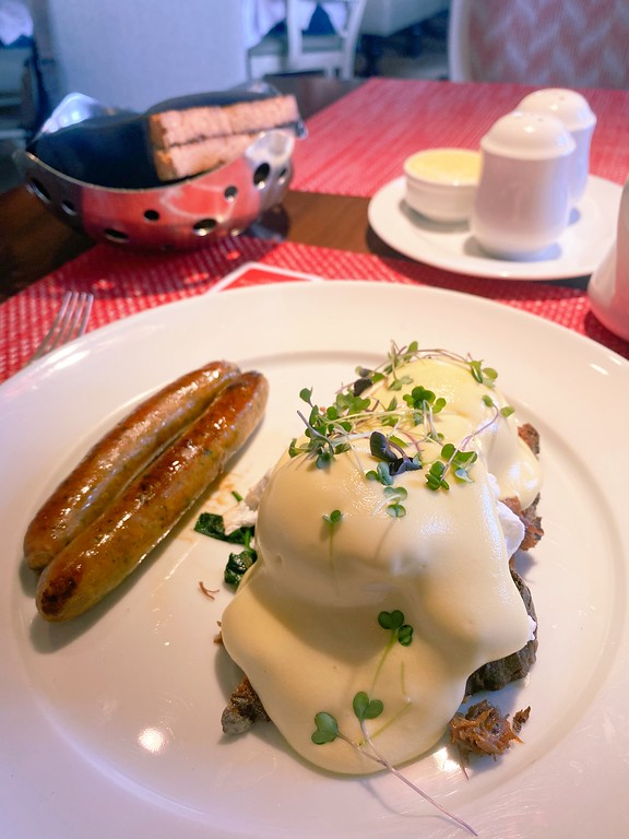 Eggs Benedict with Duck Confit at Chez Muffy