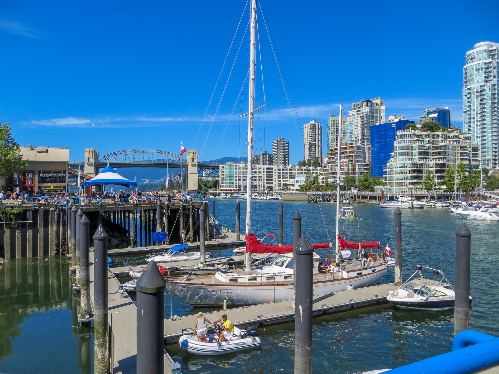 vancouver 48 hours: relaxing on granville island